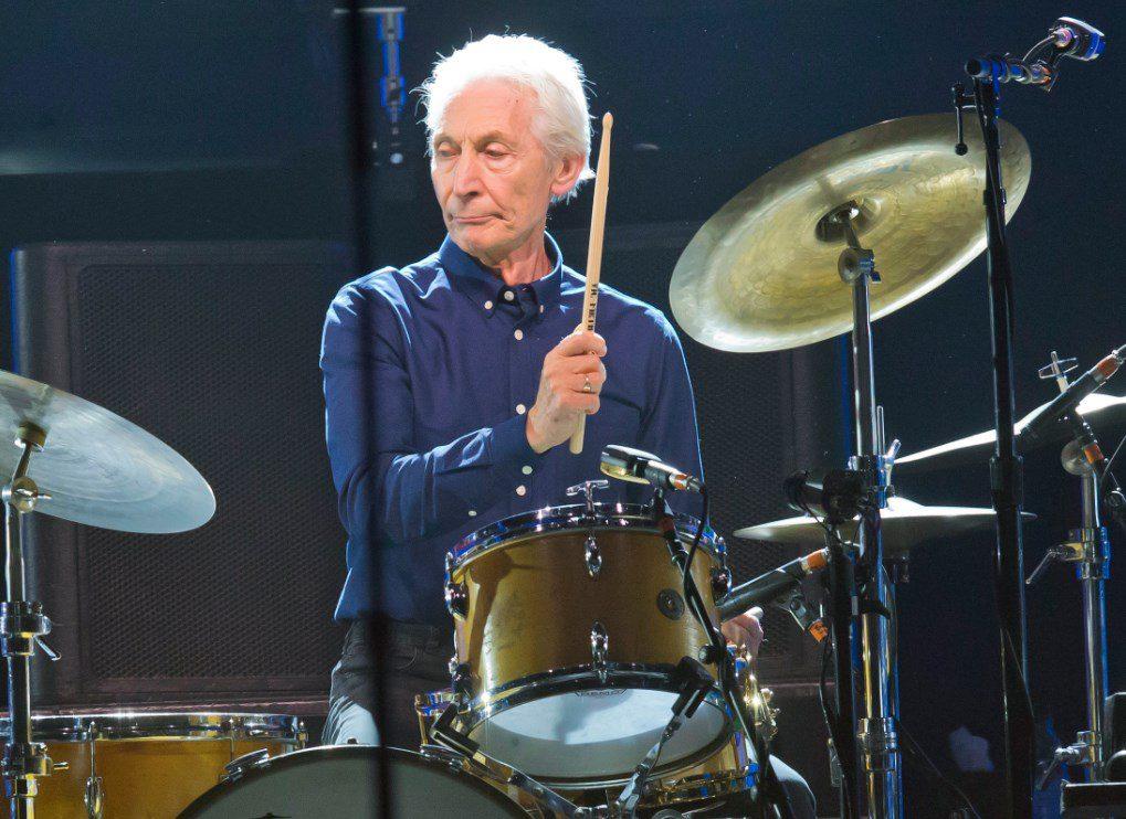 Πέθανε ο ντράμερ των Rolling Stones Τσάρλι Γουότς