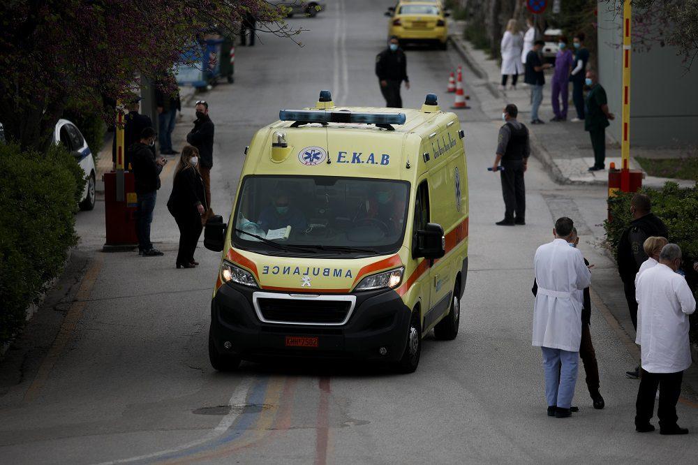 Κορονοϊός: 1.605 νέα κρούσματα και 176 διασωληνωμένοι – 10 θάνατοι