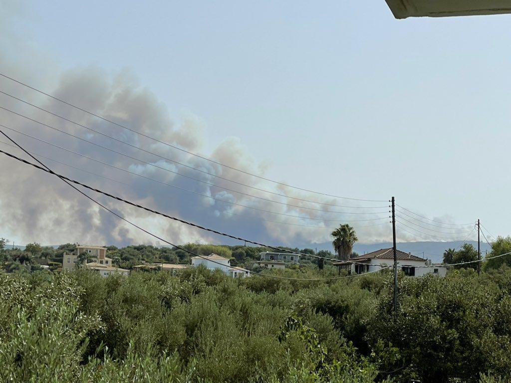 Πυρκαγιά στη Μεσσηνία: Εκκενώνονται περιοχές – Η φωτιά έχει περάσει μέσα από σπίτια