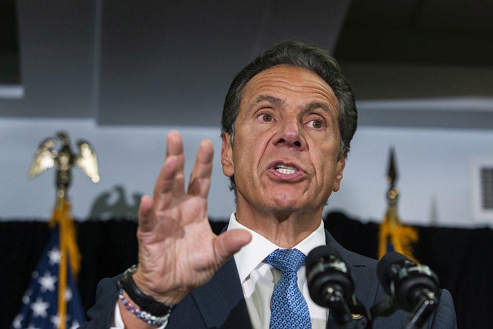 Διεθνής Τύπος: Ο κυβερνήτης της Νέας Υόρκης κατηγορείται για σεξουαλική παρενόχληση – Ξανά σε ισχύ η απαγόρευση των εξώσεων στις ΗΠΑ