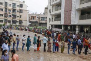 Ινδία: 541 θάνατοι λόγω κορονοϊού – Σχεδόν 42.000 κρούσματα σε 24 ώρες