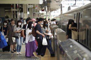 Ιαπωνία – Κορονοϊός: Διευρύνονται τα περιοριστικά μέσα ενώ γεμίζουν τα νοσοκομεία