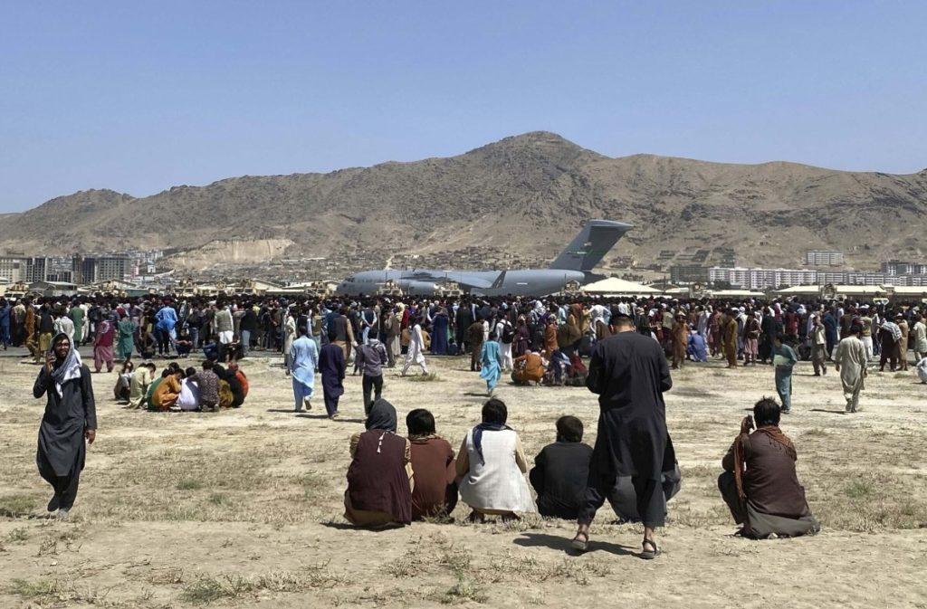 Γάλλος ΥΠΕΞ: Συνομιλίες Ταλιμπάν με Κατάρ-Τουρκία για το αεροδρόμιο της Καμπούλ