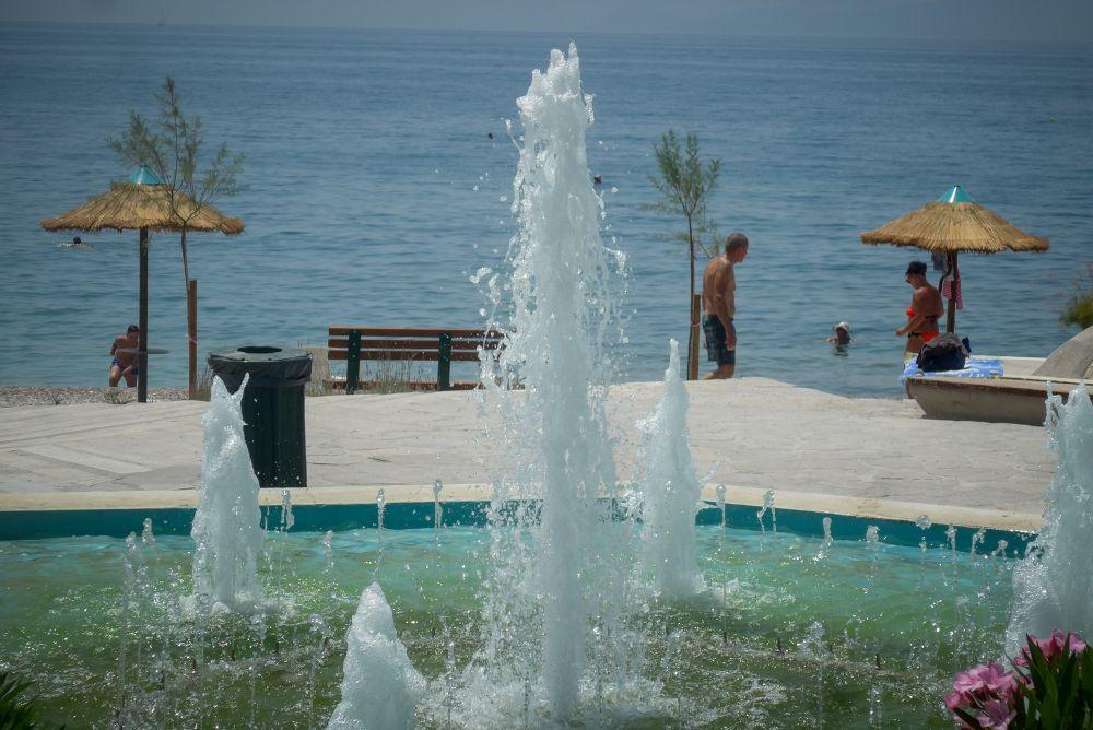Καύσωνας: «Καμίνι» η χώρα – Σε ποιες περιοχές ο υδράργυρος θα σκαρφαλώσει στους 44 βαθμούς Κελσίου