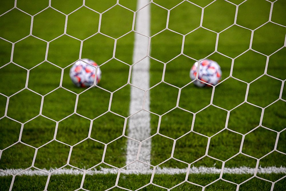ChampionsLeague: Ανοίγει η αυλαία των ομίλων με σούπερ ντέρμπι Μπαρτσελόνα – Μπάγερν