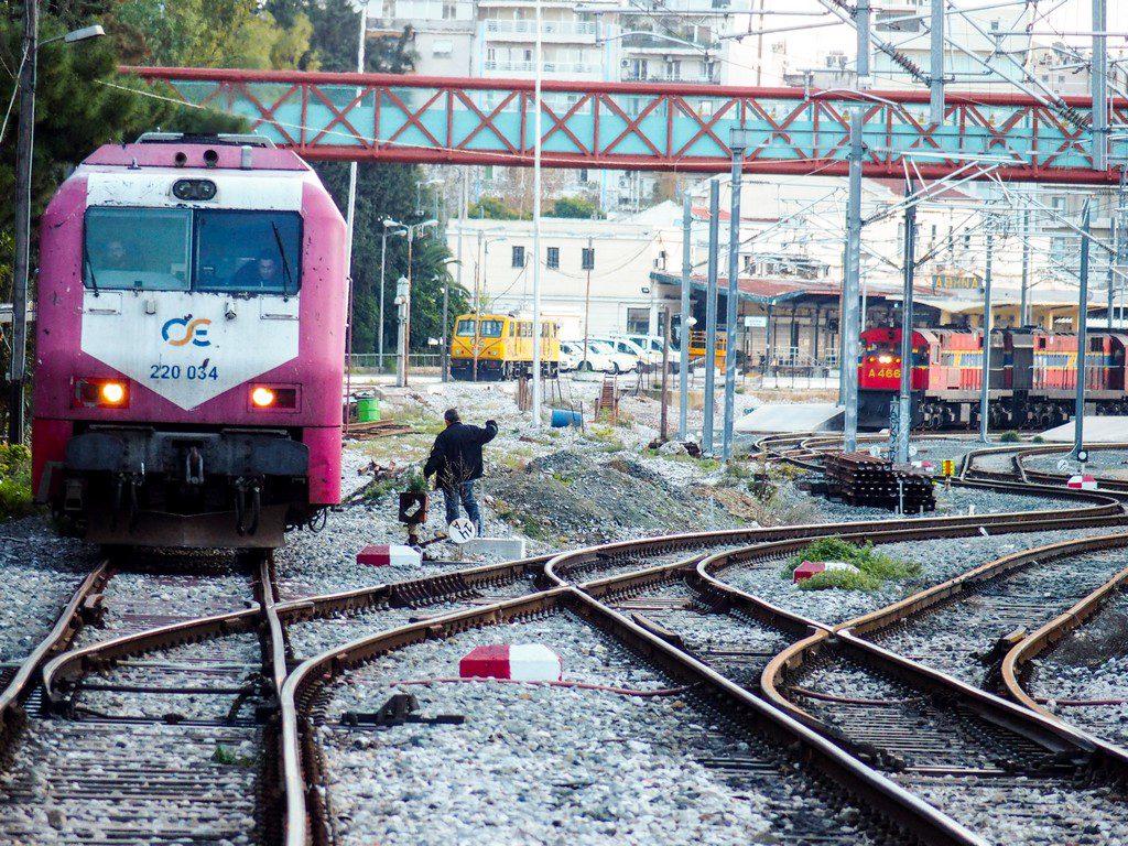 ΤΡΑΙΝΟΣΕ: Καταργούνται μέχρι νεωτέρας τα δρομολόγια Αθήνα- Χαλκίδα