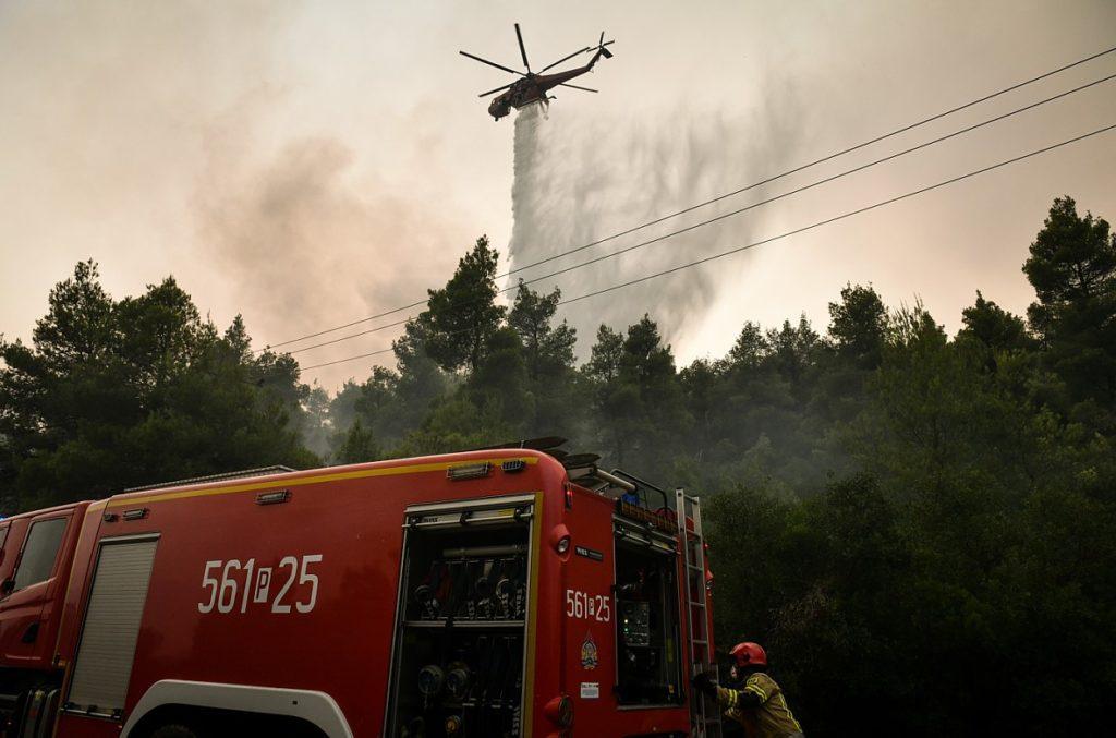 Πολύ υψηλός κίνδυνος πυρκαγιάς τη Δευτέρα σε πέντε περιφέρειες