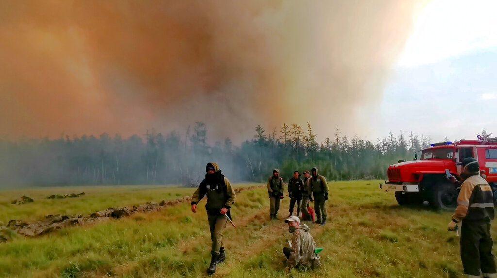 Ο καπνός από τις φωτιές της Σιβηρίας φθάνουν στο Βόρειο Πόλο