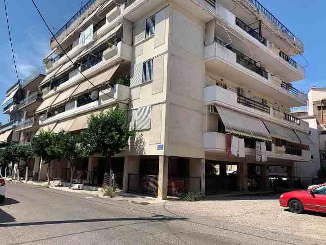 Θρήνος στο Αγρίνιο: 14χρονος έπεσε από μπαλκόνι 4ου ορόφου και σκοτώθηκε