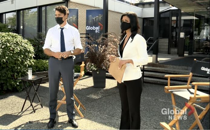 Έξαλλος ο Τριντό απαντά σε διαδηλωτή που αποκάλεσε τη σύζυγό του «πόρνη»  (Video)