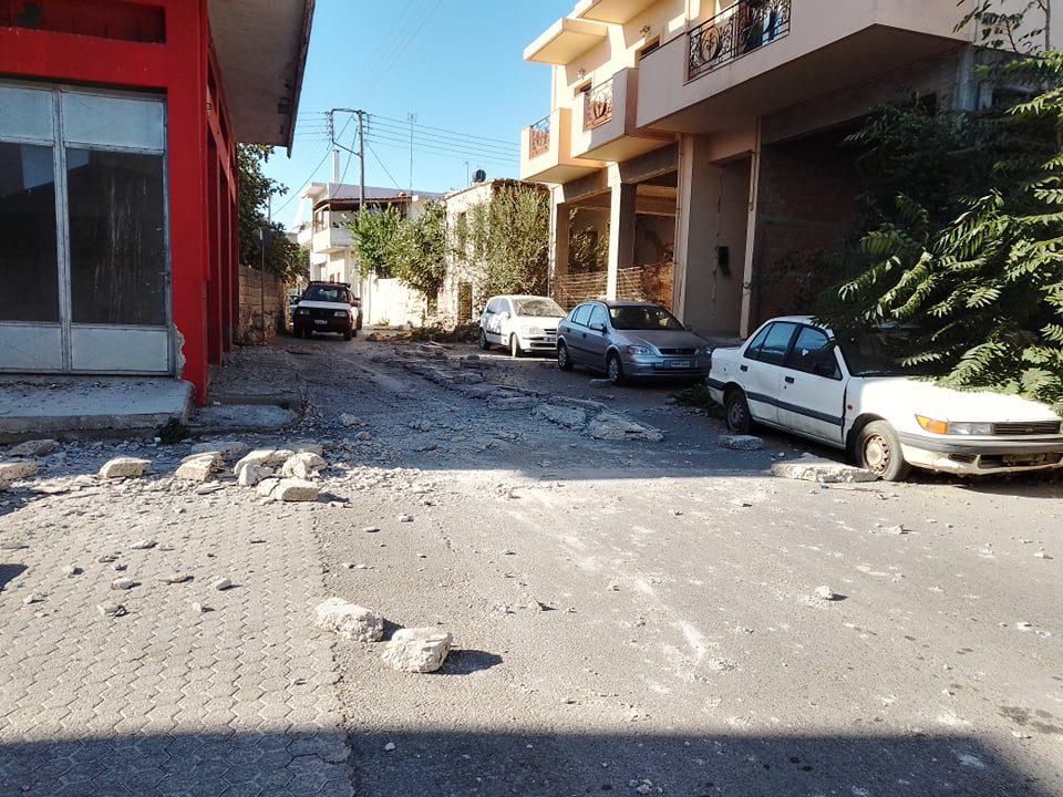 Σεισμός στο Ηράκλειο Κρήτης: Συγκλονίζουν τα βίντεο από τη στιγμή της δόνησης (Video)