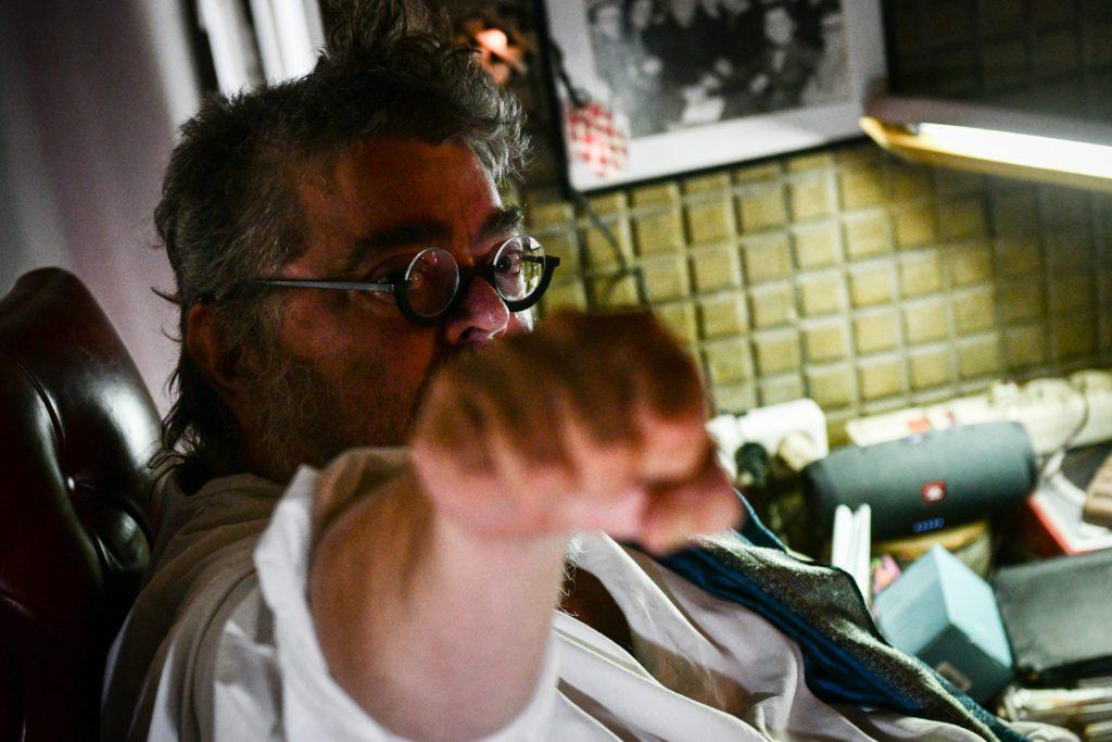 Ο Σταμάτης Κραουνάκης απαντά στις ερωτήσεις των αναγνωστών του Documento