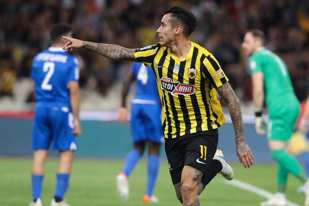 ΑΕΚ: Λύγισε τη Λαμία με γκολ του Αραούχο (1-0)