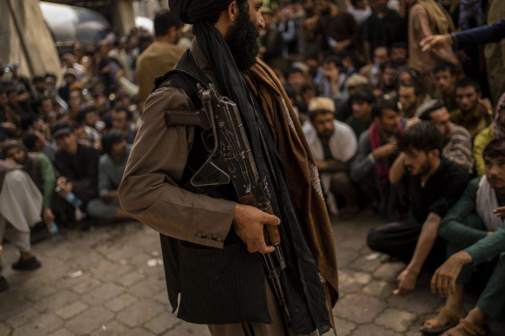 H Γαλλία αρνείται να αναγνωρίσει την κυβέρνηση των Ταλιμπάν