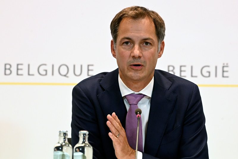 Ο πρωθυπουργός του Βελγίου λέει «όχι» στον υποχρεωτικό εμβολιασμό