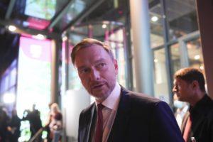 Κρίστιαν Λίντνερ: Ενα γεράκι της δημοσιονομικής πειθαρχίας για υπουργός Οικονομικών της Γερμανίας;