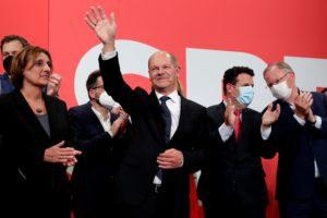Γερμανία: Προβάδισμα στο SPD με 1,5% δίνουν τα τελευταία αποτελέσματα