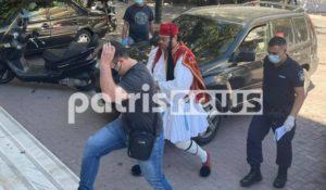 Πύργος: Αρνητής γονέας πήγε στα δικαστήρια ντυμένος …τσολιάς