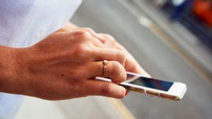 Η Vodafoneκαι η Επιτροπή Ευρυζωνικότητας για τη Βιώσιμη Ανάπτυξη καλούν σε δράση για τη διασύνδεση 3,4 δισ. ανθρώπων με smartphone έως το 2030