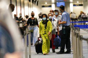 ΗΠΑ: Ανοίγουν τα σύνορα στους εμβολιασμένους Ευρωπαίους και Βρετανούς πολίτες