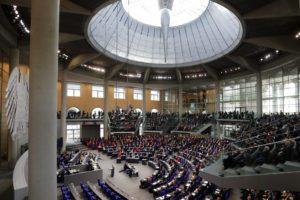 Η γερμανική βουλή αυξάνεται και πληθύνεται – Ο «περίπλοκος» εκλογικός νόμος