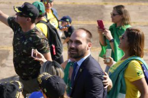 Βραζιλία: Θετικοί στον κορονοϊό ο γιος του προέδρου Μπολσονάρου και δύο μέλη της κυβέρνησης