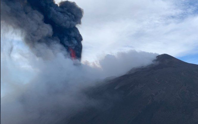 Ιταλία: Το ηφαίστειο της Αίτνας «ξυπνά» και πάλι