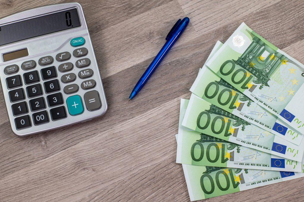 Φόρος γονικής παροχής: Οι πλούσιοι μεγάλοι κερδισμένοι της κατάργησης – Αποκαλυπτικά παραδείγματα