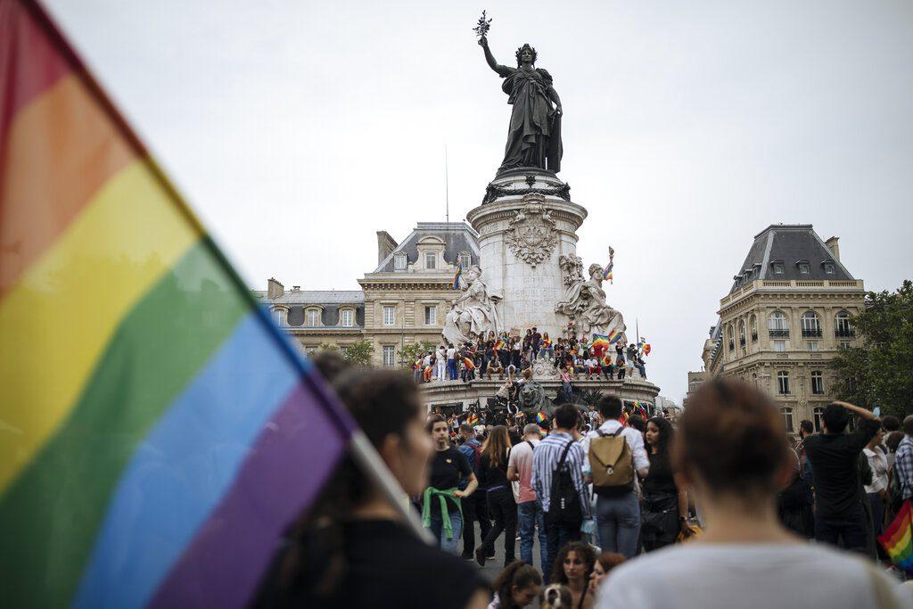 Το Ευρωπαϊκό Κοινοβούλιο ζητεί την αναγνώριση των ενώσεων ομοφυλοφίλων σε όλες τις χώρες-μέλη