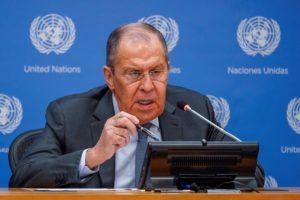 Λαβρόφ: Η Μόσχα καλεί τις ΗΠΑ να είναι πιο ενεργές για το ιρανικό πυρηνικό πρόγραμμα