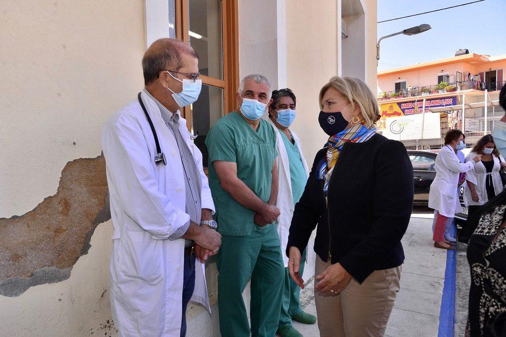 Απίστευτη απόφαση Γκάγκα: «Έκοψε» γιατρό από Επιμελήτρια Β' επειδή «έχει δύο μικρά παιδιά»!
