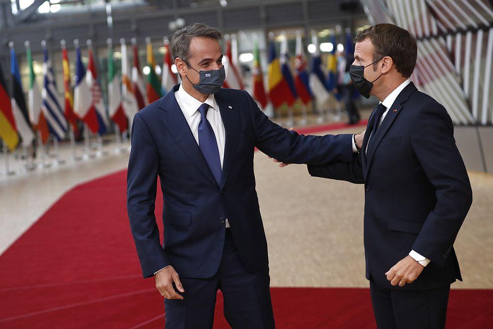 Στο Παρίσι ο Μητσοτάκης – Θα συναντηθεί με τον Μακρόν