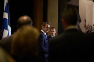 Μητσοτάκης – Μακρόν: Συμφωνία για 3+1 φρεγάτες Belhara και στρατιωτική συνδρομή (Video)