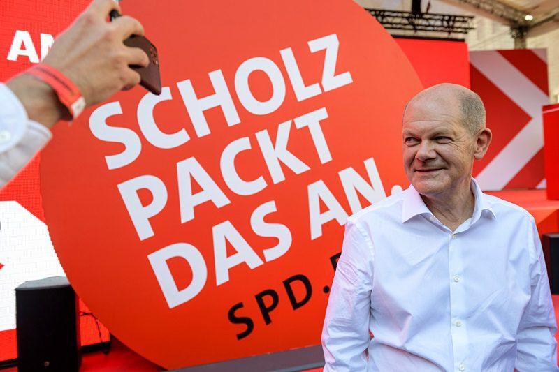 Γερμανία: Οι Σοσιαλδημοκράτες διευρύνουν το προβάδισμά τους έναντι των συντηρητικών της Μέρκελ