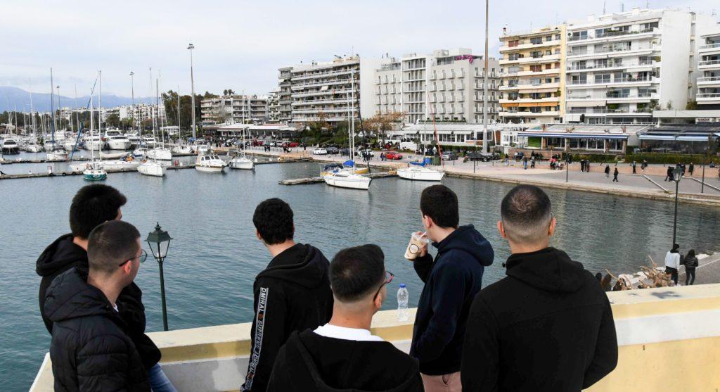 Κορονοϊός: Πτωτικές τάσεις στο ιικό φορτίο σε Αττική και Θεσσαλονίκη – Αύξηση σε Πάτρα και Ιωάννινα