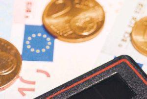 Φόροι 5,8 δισ. ευρώ το επόμενο εξάμηνο