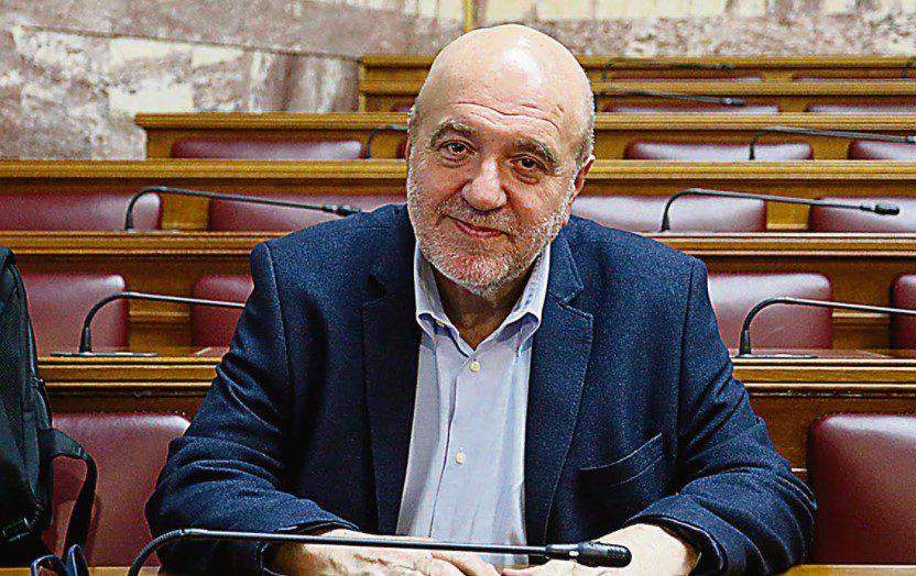 Τρύφων Αλεξιάδης: Η κυβέρνηση έχει εργαλεία για να συγκρατήσει την ακρίβεια, αλλά δεν το θέλει