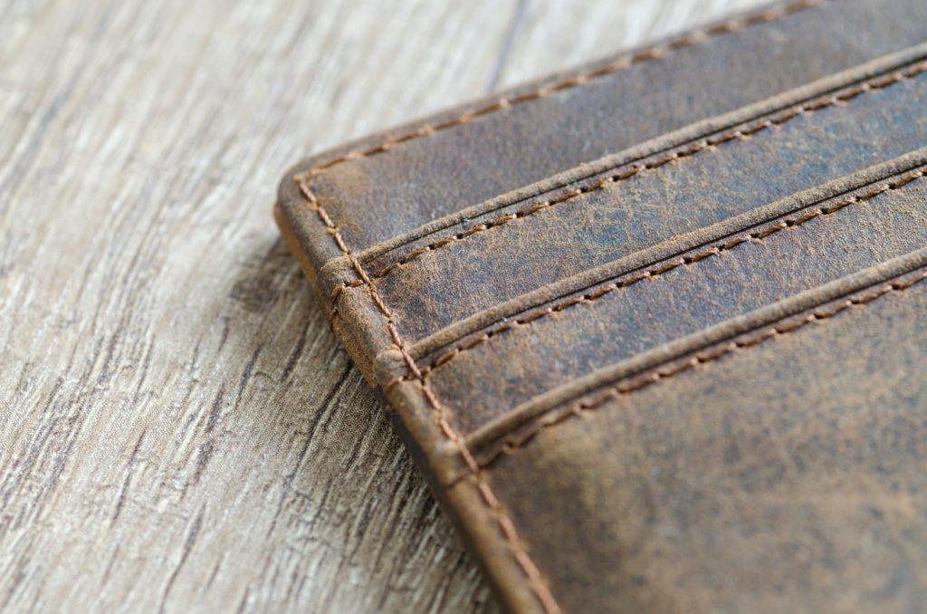 Μετανάστης στην Κρήτη βρήκε πορτοφόλι με 1.500 ευρώ και το παρέδωσε
