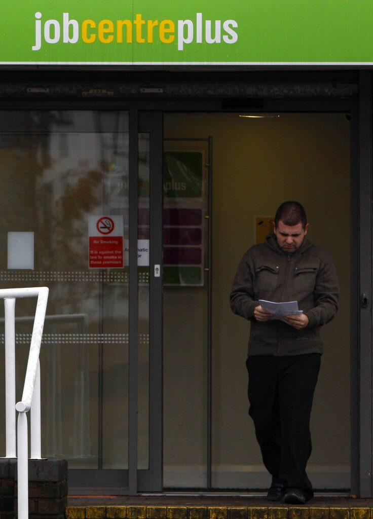 Ρεκόρ προσλήψεων τον Σεπτέμβριο που οδηγεί σε ανοδική πορεία την Τράπεζα της Αγγλίας