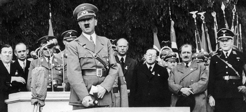 «Η αυλή του Χίτλερ»: Νέα ντοκουμέντα από τη Γερμανίδα ιστορικό Χάικε Γκερτεμάκερ