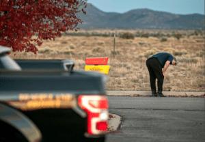 Άλεκ Μπάλντουιν: Πραγματική σφαίρα είχε το όπλο με το οποίο σκότωσε την γυναίκα στα γυρίσματα ταινίας