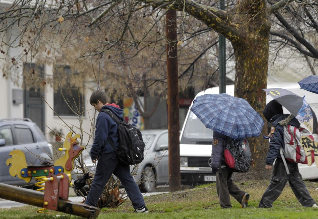 Κακοκαιρία «Μπάλλος»: Κλειστά τα σχολεία σε πολλές περιοχές της χώρας