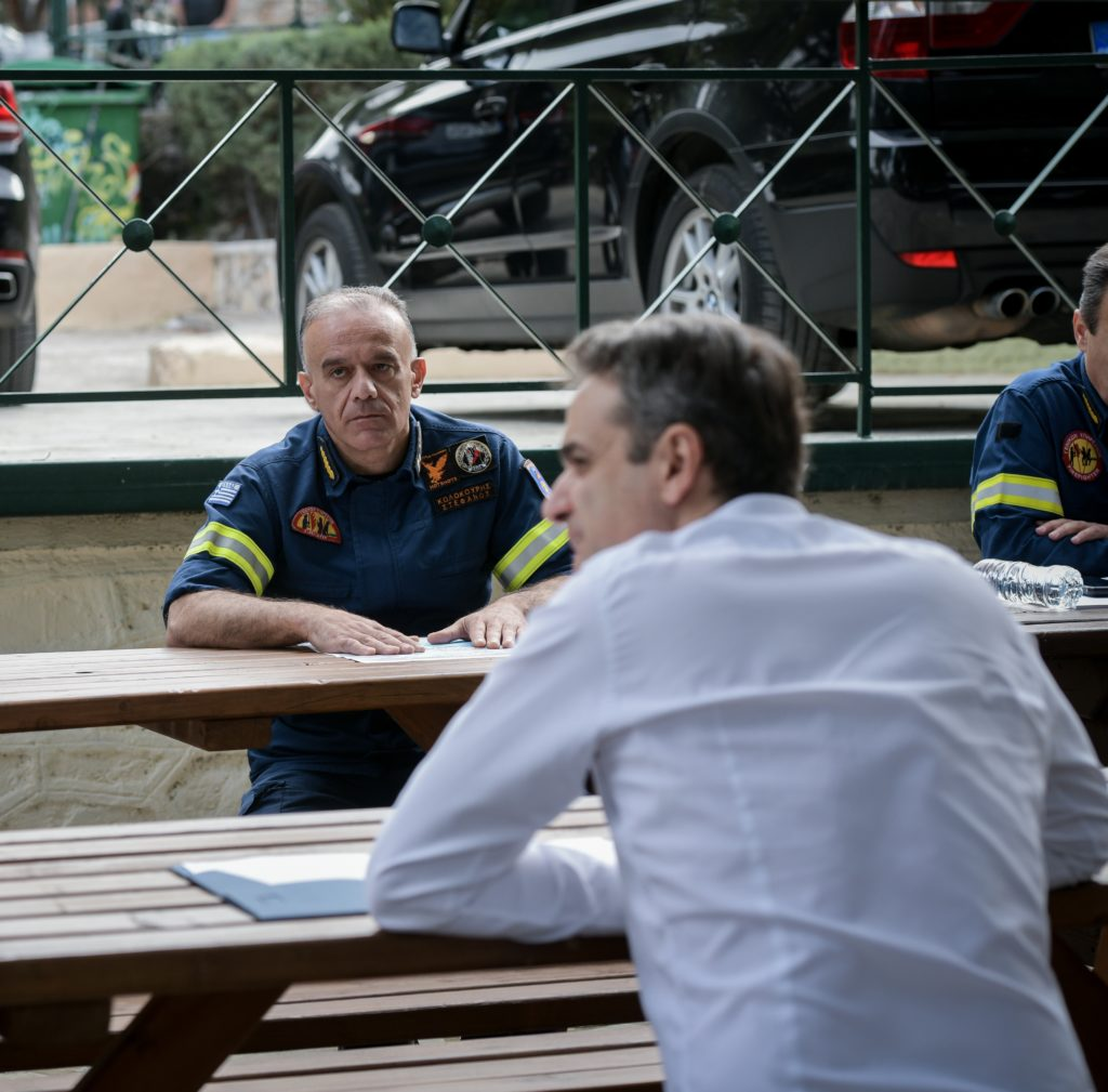 Μάτι: Πρόταση παραπομπής σε δίκη του αρχηγού της Πυροσβεστικής  που αναβάθμισε ο Μητσοτάκης