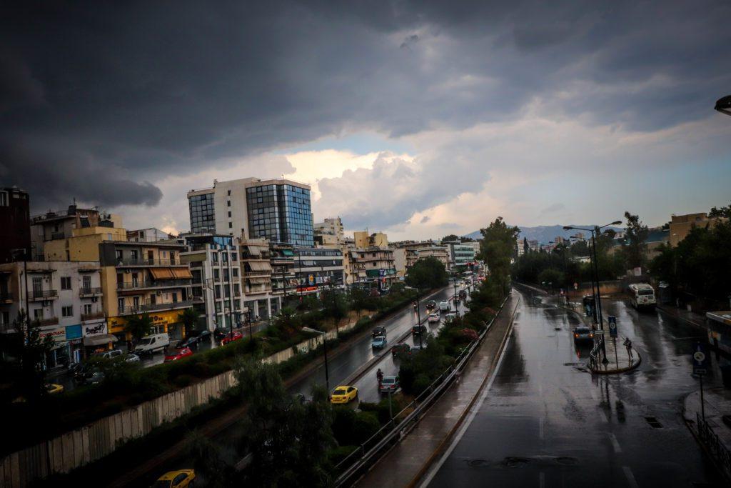 Κακοκαιρία «Μπάλλος»: Ξεκινά από το βράδυ η επιδείνωση του καιρού – Ποιες περιοχές θα «χτυπήσει» το νέο κύμα