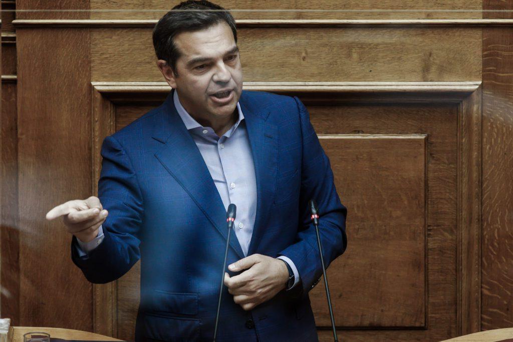 Τσίπρας σε Μητσοτάκη για ελληνογαλλική συμφωνία: «Νομίζει ότι τα χρήματα του ελληνικού λαού είναι της οικογένειάς του» (Video)