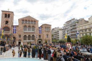 Θεσσαλονίκη: Ανησυχία για αναζωπύρωση του κορονοϊού από τη μη τήρηση των μέτρων στους εορτασμούς (Photos – Video)