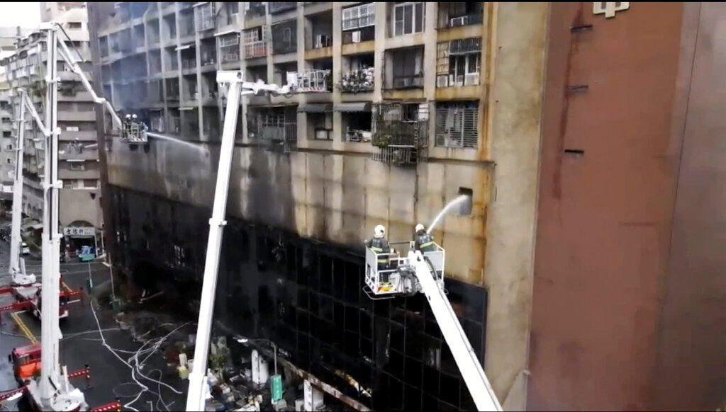 Ταϊβάν: 46 οι νεκροί απο την πυρκαγιά του Καουσιούνγκ