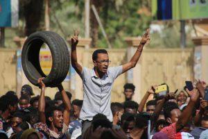 Πραξικόπημα στο Σουδάν: Επτά νεκροί και 140 τραυματίες από τις διαδηλώσεις