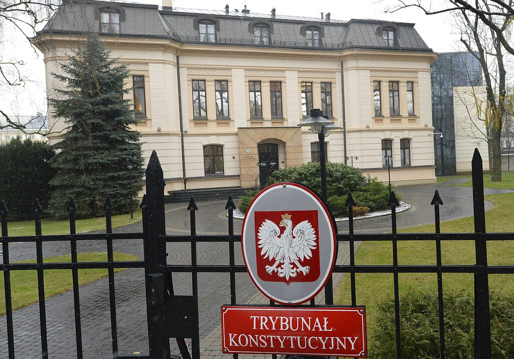 Το Συνταγματικό Δικαστήριο της Πολωνίας αποφασίζει κατά της υπεροχής του κοινοτικού δικαίου
