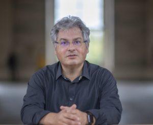 Διάλεξη του αστροφυσικού Νταβίντ Ελμπάζ στο Γαλλικό Ινστιτούτο